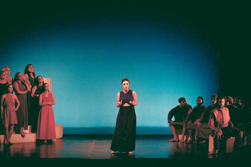 Isabel hargoues grupo de teatro uc - Alba garcia fotografa ...